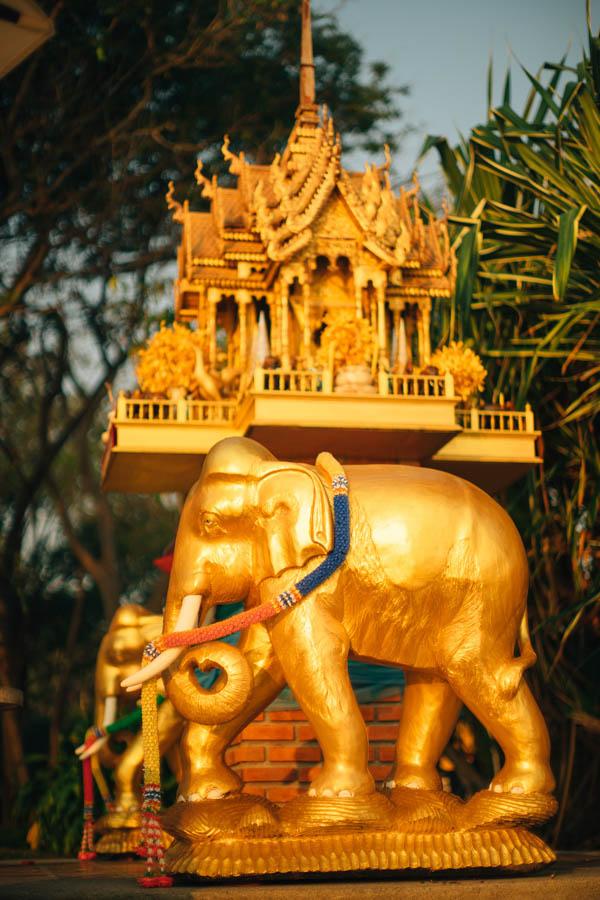 breathtaking Thailand destination wedding