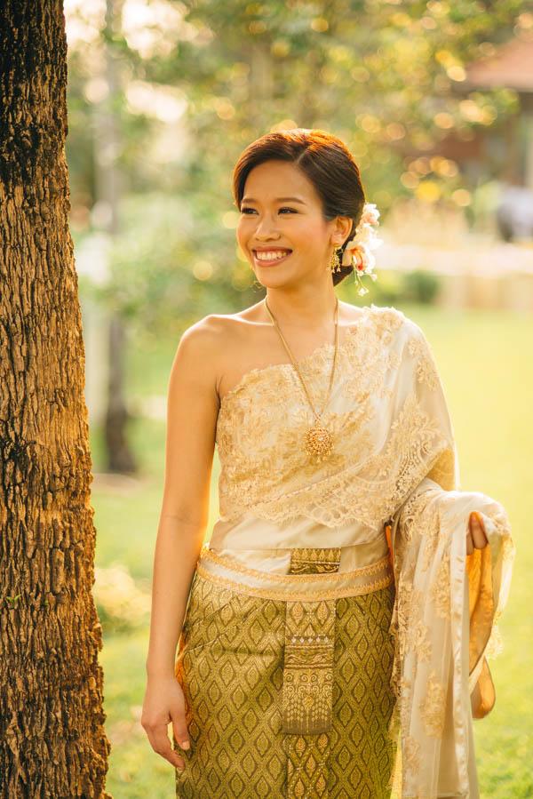 Traditional Thai Wedding | Junebug Weddings