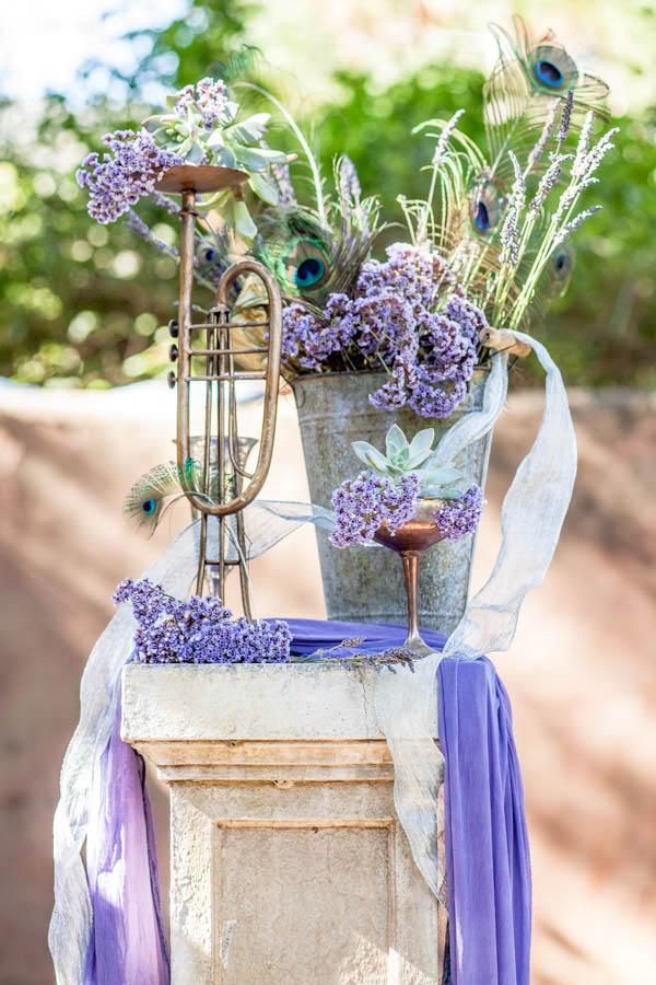 beautiful and artistic wedding decor