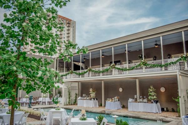 Hotel Ella green decor