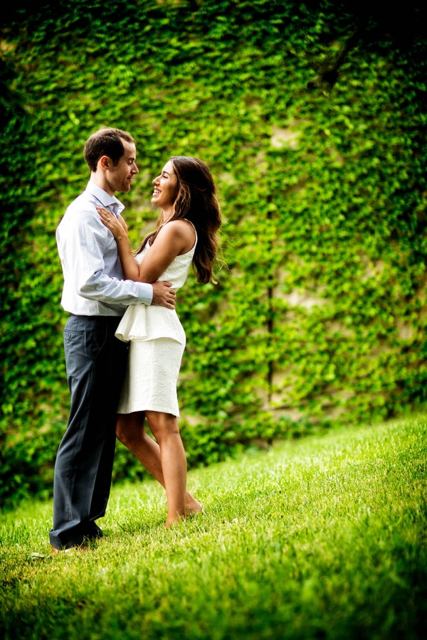 Lindsay-and-Kyle-Kevin-Weinstein-Junebug-Weddings-12