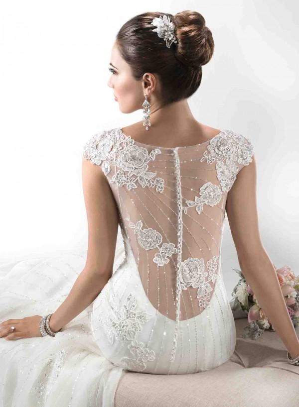Ovias Wedding Dress Rosanovia Gowns Junebug Weddings 4 Of 15