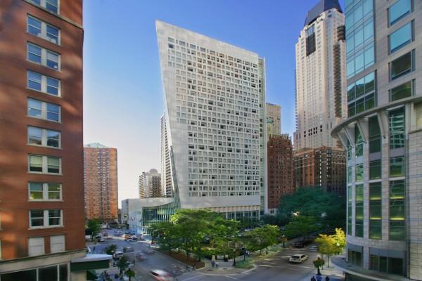 Sofitel Chicago Full Exterior