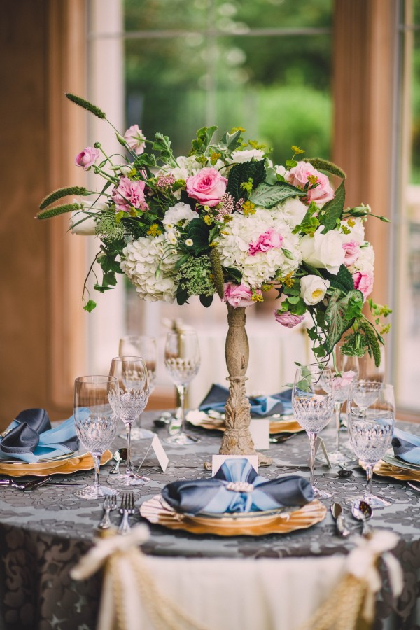 blue and pink wedding inspiration