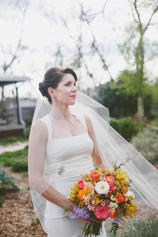 Colorful-Austin-Wedding-Springdale-Farms-14