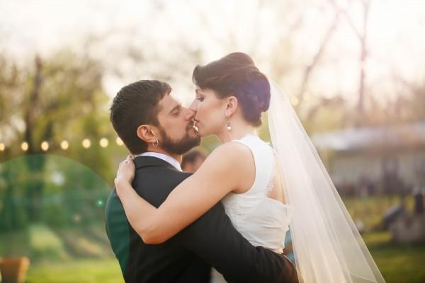 Colorful-Austin-Wedding-Springdale-Farms-29