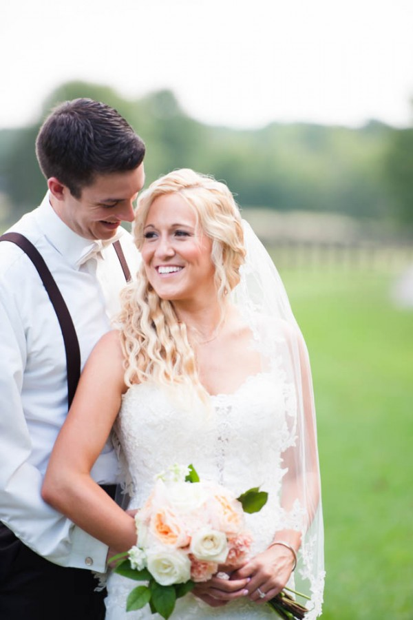 Coral-Rustic-Southern-Wedding-9
