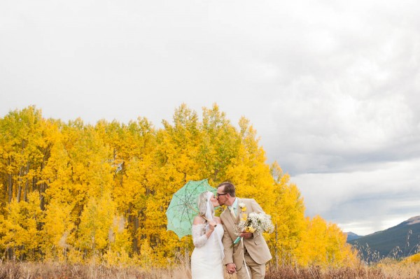 Yellow-Aqua-Aspen-Wedding-18