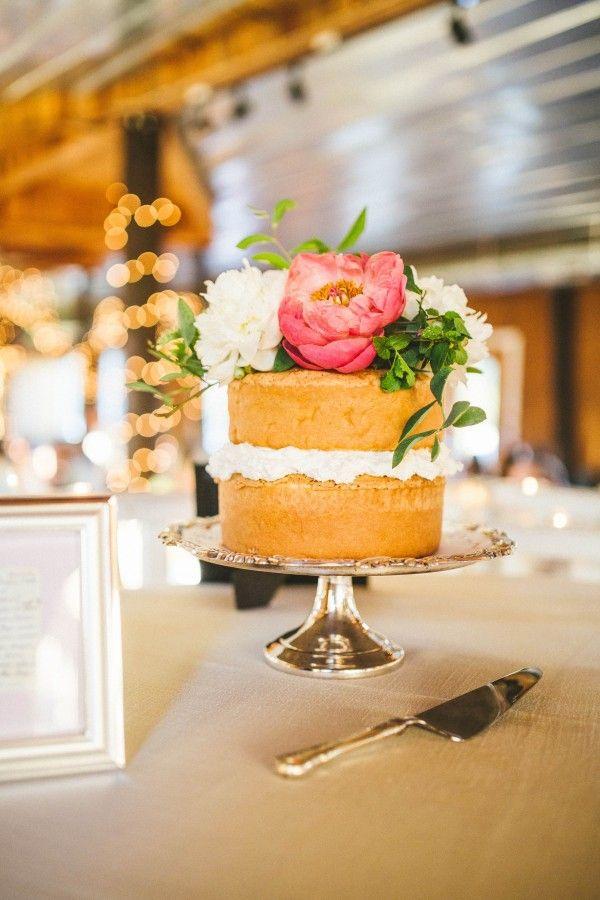 What S Trending Naked Cakes Junebug Weddings