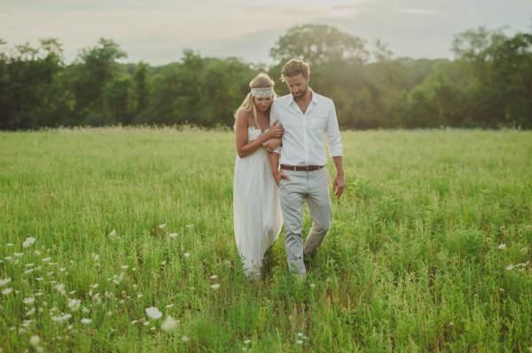 Bohemian-Backyard-Wedding-35