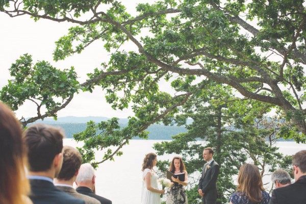British-Columbia-Backyard-Wedding-18