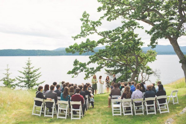 British-Columbia-Backyard-Wedding-19