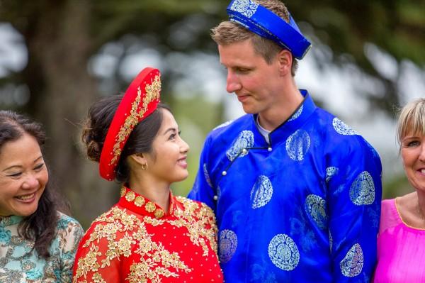 Beautiful Seaside Halifax Wedding | Junebug Weddings
