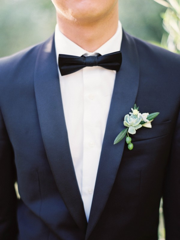 simple and natural groom style