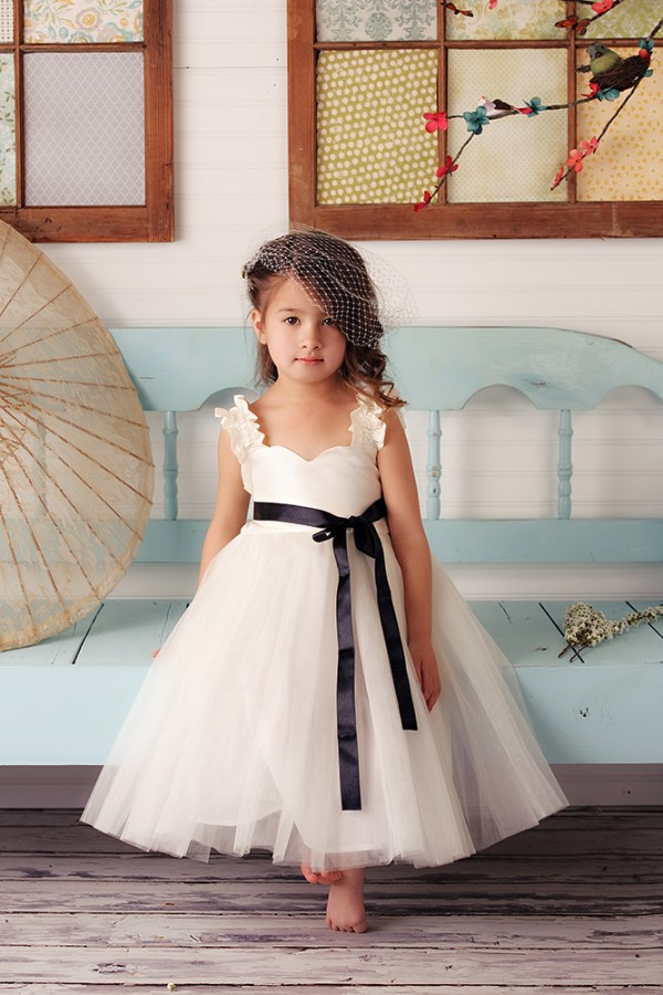 309ebd46919 Don t forget to use the code JUNEBUG15 in order to receive a 15% off your Fattie  Pie purchase before February 11th! How cute are these flower girl dresses