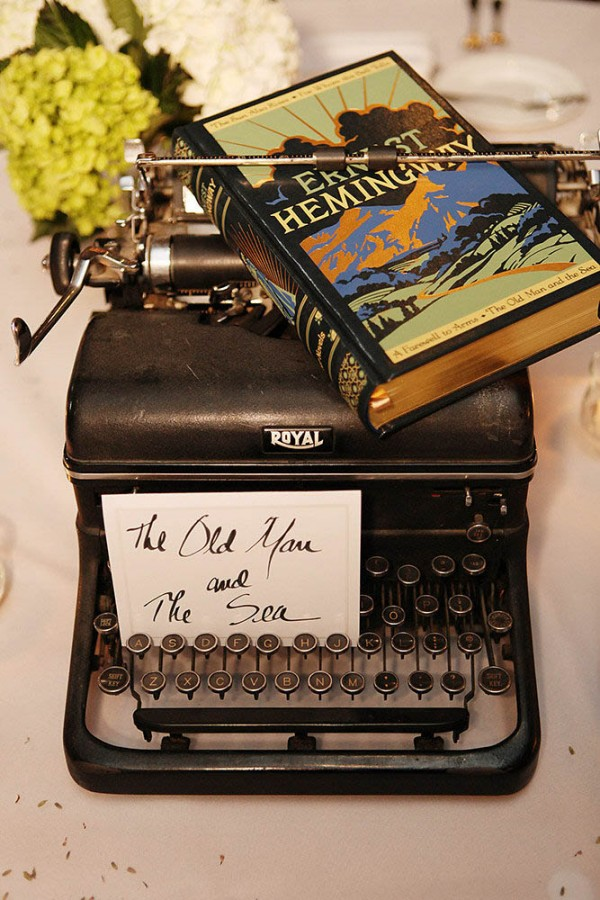 Literature-Inspired-Wedding-at-the-Aria-in-Minneapolis (19 of 27)
