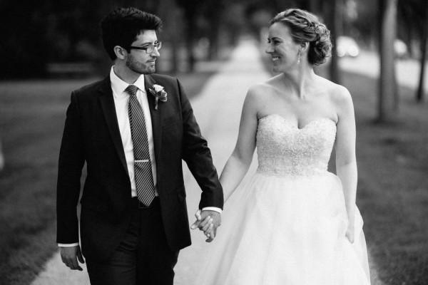 Outdoor-wedding-in-manitoba-modern-pixel (20 of 27)