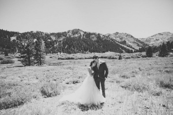 Rustic-Lake-Tahoe-Wedding-Sun-Life-Photography (14 of 34)