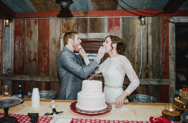 Rustic-Winter-Wedding-with-Red-Accents (27 of 28)