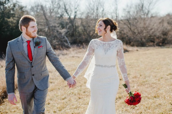 Rustic-Winter-Wedding-with-Red-Accents (7 of 28)