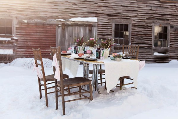 Wintry-Styled-Shoot-Watershed-Floral-10
