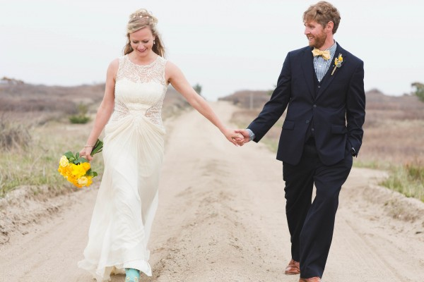 Yellow-and-Blue-Wedding-in-Nantucket (11 of 27)