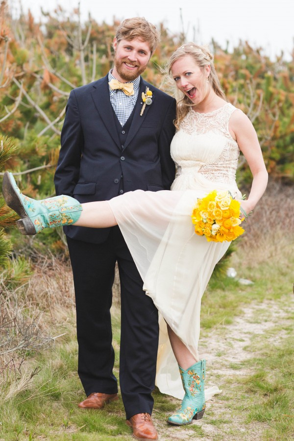 Yellow-and-Blue-Wedding-in-Nantucket (19 of 27)