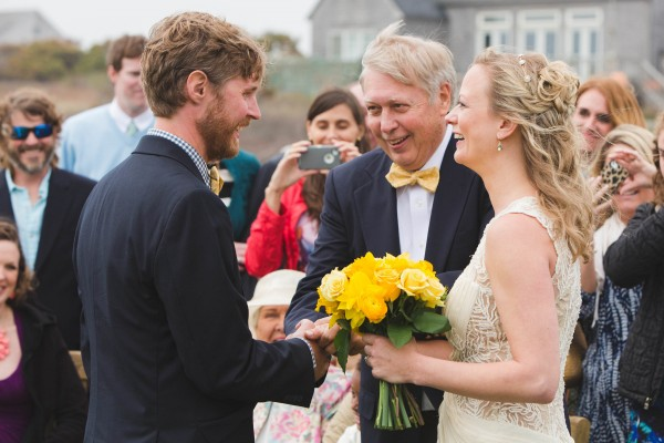 Yellow-and-Blue-Wedding-in-Nantucket (4 of 27)