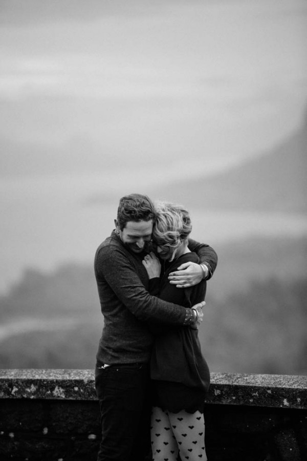 Adventurous-Oregon-Engagement-Vista-House-Catalina-Jean-Photography (13 of 28)