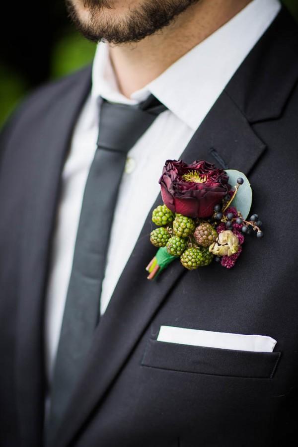 Berry-Wine-Wedding-Inspiration-Dina-Chmut (11 of 38)
