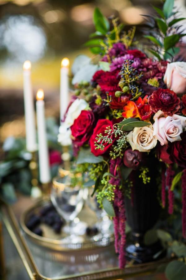 Berry-Wine-Wedding-Inspiration-Dina-Chmut (13 of 38)