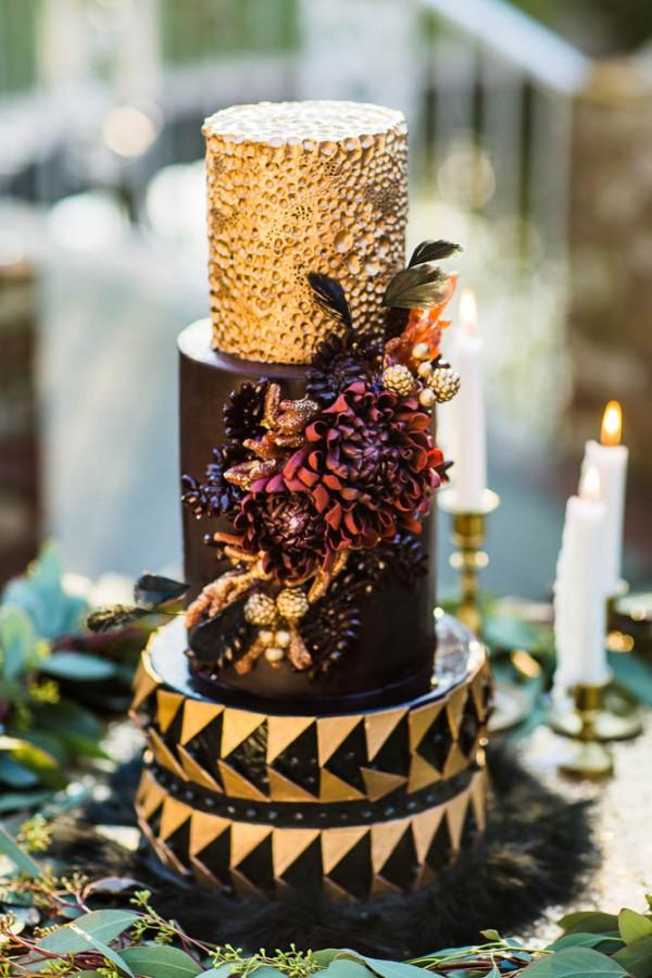 Berry-Wine-Wedding-Inspiration-Dina-Chmut (15 of 38)