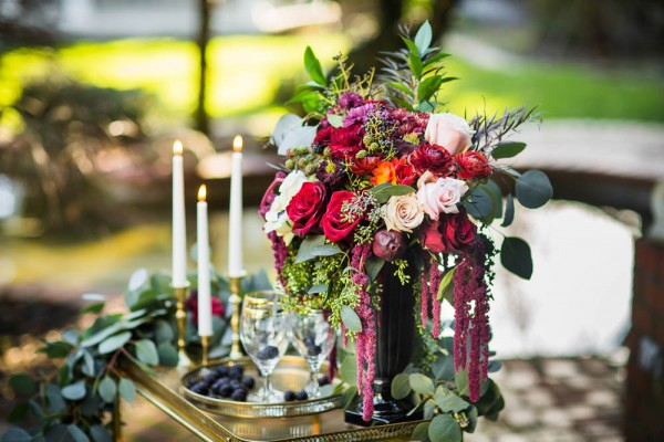 Berry-Wine-Wedding-Inspiration-Dina-Chmut (17 of 38)