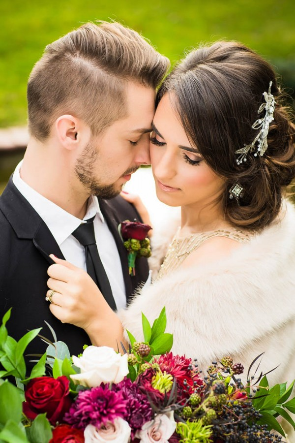 Berry-Wine-Wedding-Inspiration-Dina-Chmut (8 of 38)