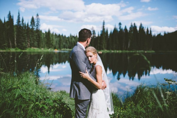 Intimate-Mountain-Wedding-Island-Lake-Lodge-Dallas-Kolotylo (18 of 31)