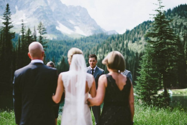 Intimate-Mountain-Wedding-Island-Lake-Lodge-Dallas-Kolotylo (5 of 31)