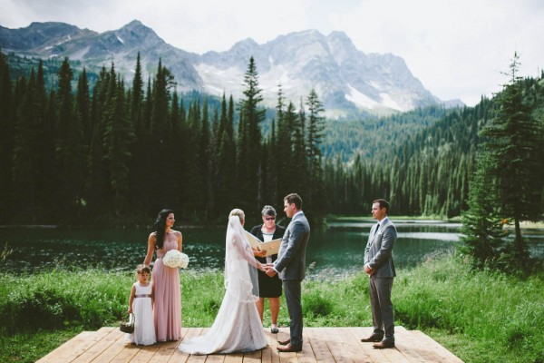 Intimate-Mountain-Wedding-Island-Lake-Lodge-Dallas-Kolotylo (6 of 31)