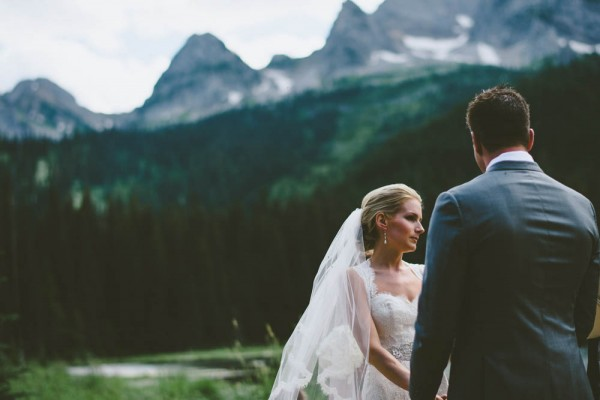Intimate-Mountain-Wedding-Island-Lake-Lodge-Dallas-Kolotylo (7 of 31)