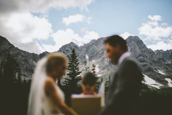 Intimate-Mountain-Wedding-Island-Lake-Lodge-Dallas-Kolotylo (8 of 31)