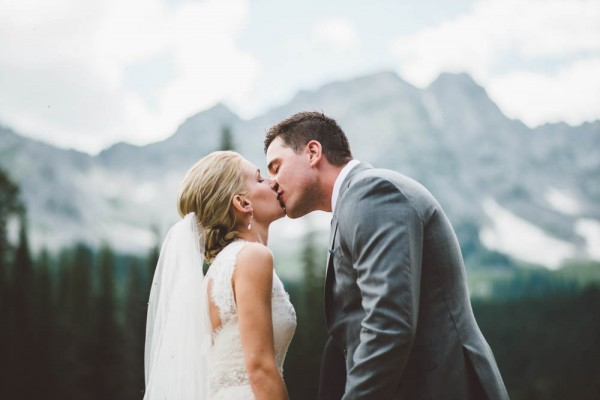 Intimate-Mountain-Wedding-Island-Lake-Lodge-Dallas-Kolotylo (9 of 31)
