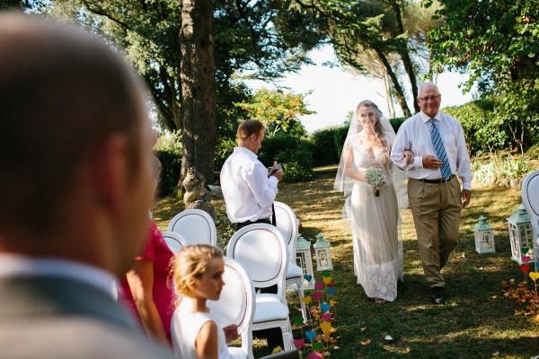 Intimate-Tuscan-Wedding-Villa-le-Mura-Julian-Kanz (14 of 35)