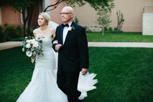 Metallic-Neutral-Wedding-Guenther-House-Paige-Newton (12 of 33)