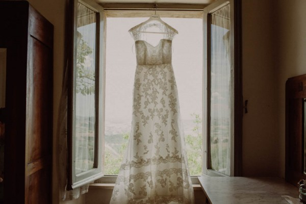 Pink-and-Green-Wedding-in-the-Italian-Countryside (4 of 29)