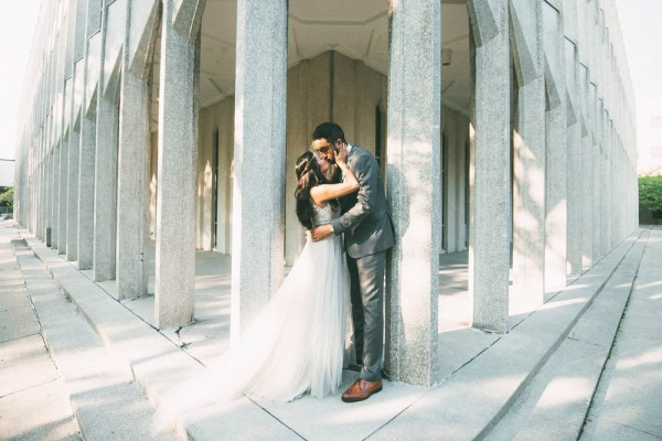 Romantic-Wedding-at-the-Museum-of-Contemporary-Art-Detroit (23 of 31)