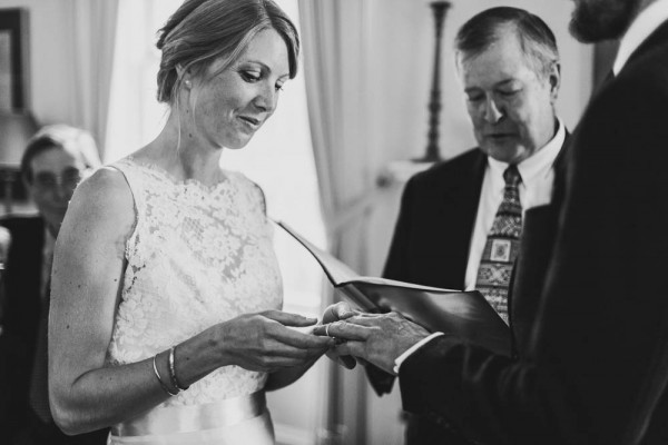 Sentimental-Ontario-Wedding-at-Home-Jennifer-Moher (15 of 34)