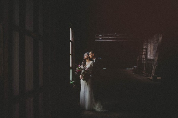 Vintage-Alternative-Wedding-Art-Factory-Carolina-Rivera (15 of 36)