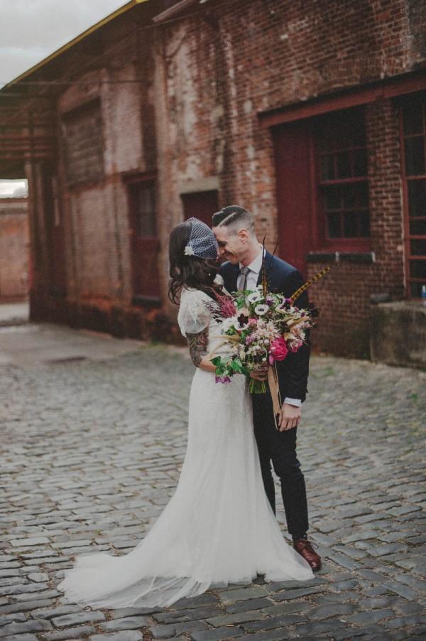 Vintage-Alternative-Wedding-Art-Factory-Carolina-Rivera (25 of 36)