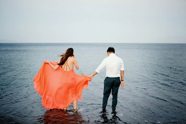 Breathtaking-Santorini-Engagement-Les-Anagnou-Photographers (10 of 18)