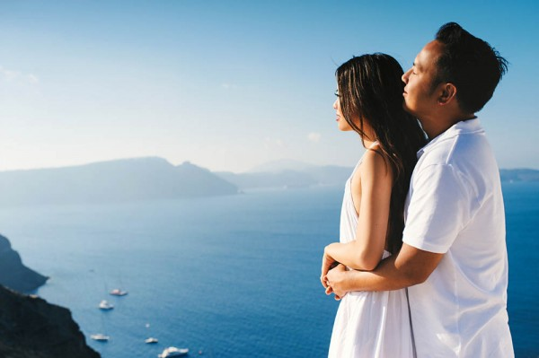 Breathtaking-Santorini-Engagement-Les-Anagnou-Photographers (16 of 18)