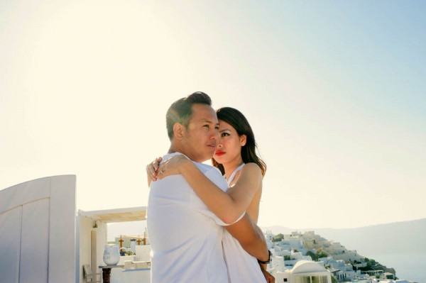 Breathtaking-Santorini-Engagement-Les-Anagnou-Photographers (17 of 18)